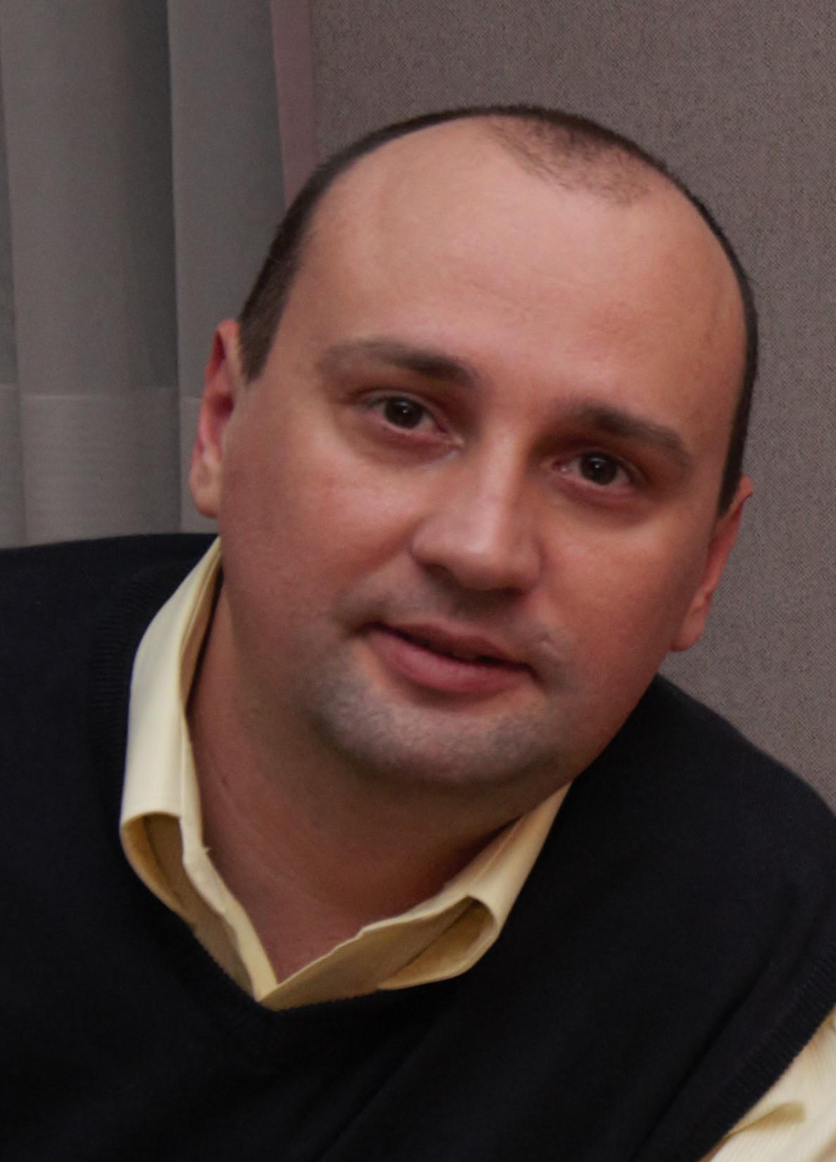 Lucian Alexandru Onisei contact